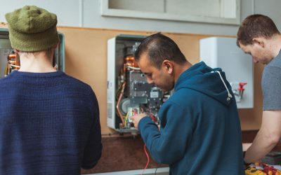 Why Plumbers Should Get Their Associated Tradesperson Licence